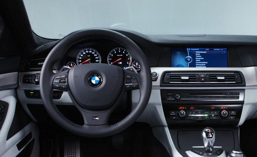 2012 BMW M5 - Slide 74