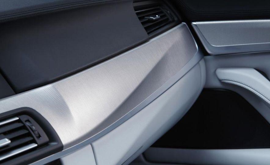 2012 BMW M5 - Slide 75