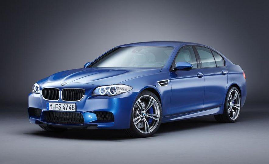 2012 BMW M5 - Slide 56