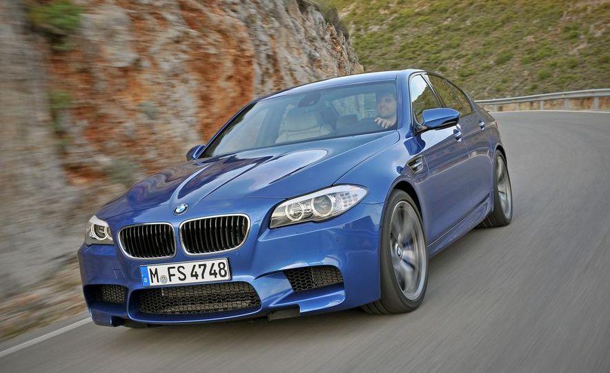 2012 BMW M5 - Slide 10