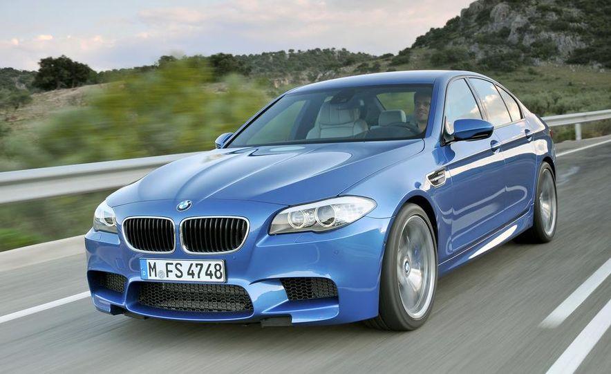 2012 BMW M5 - Slide 44
