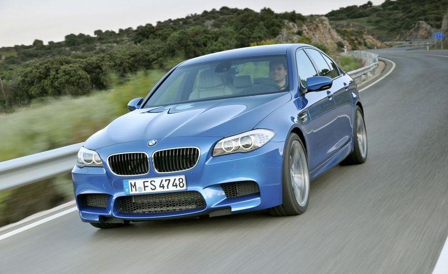 2012 BMW M5 - Slide 45