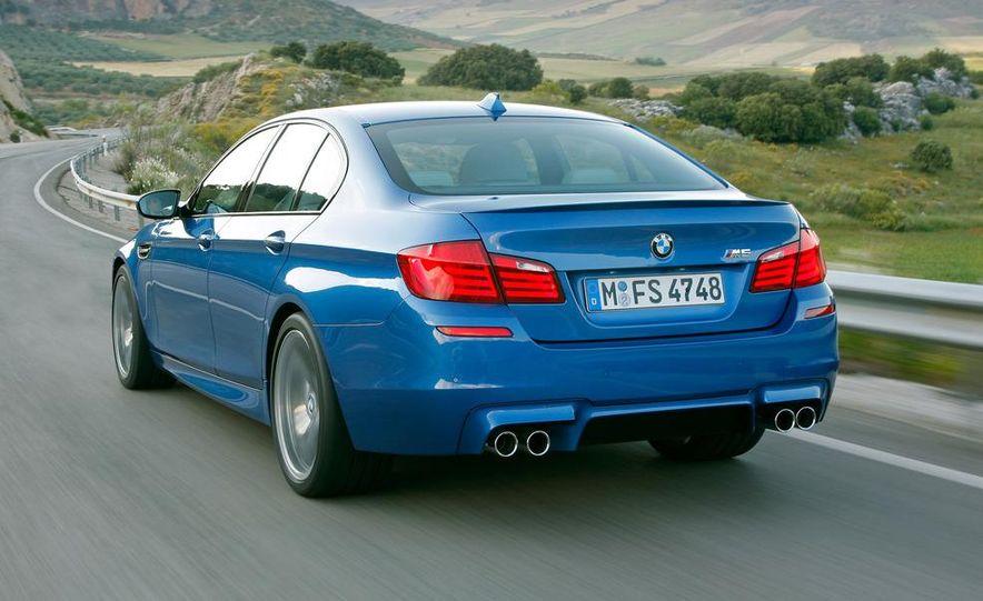 2012 BMW M5 - Slide 47