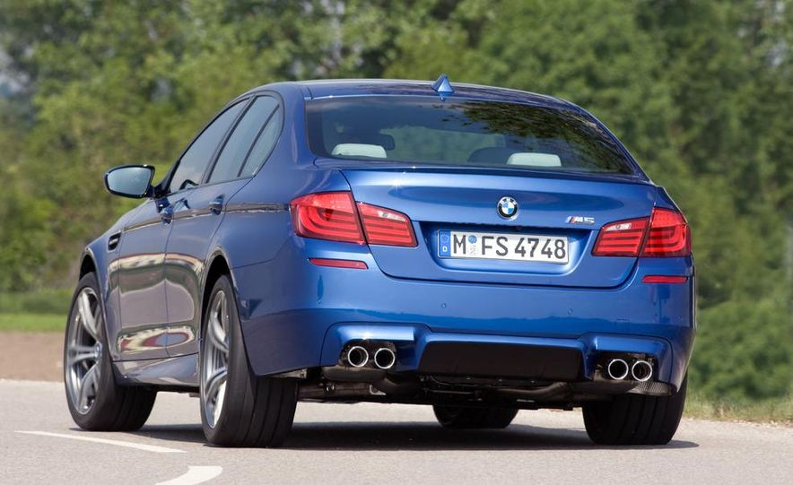 2012 BMW M5 - Slide 51