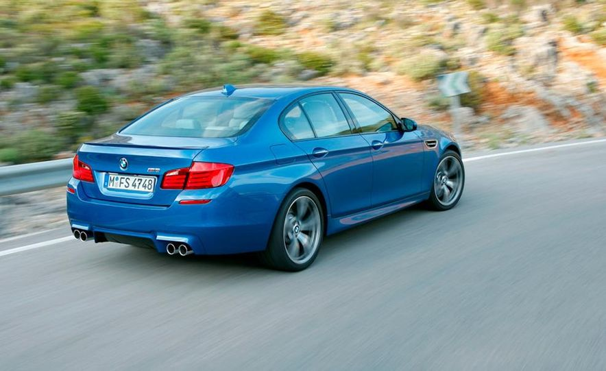 2012 BMW M5 - Slide 53