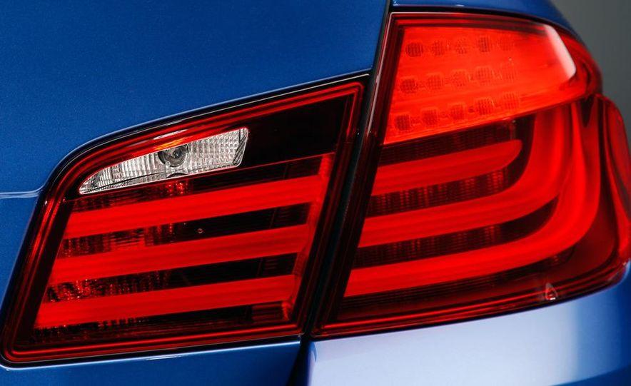 2012 BMW M5 - Slide 68