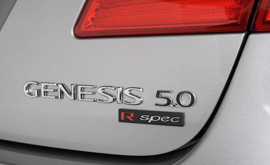 2012 Hyundai Genesis 3.8 - Slide 37