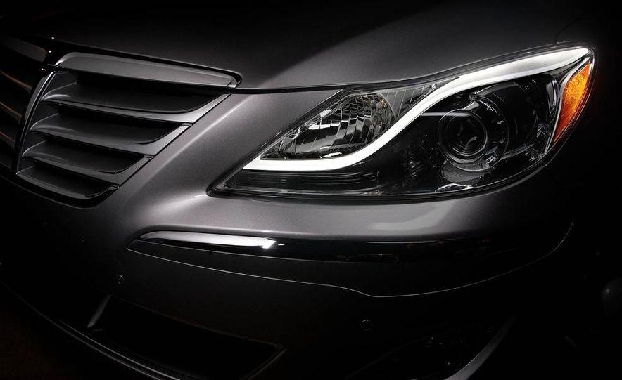 2012 Hyundai Genesis 3.8 - Slide 35