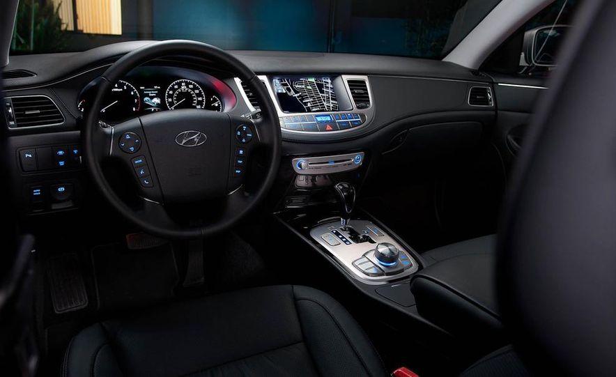 2012 Hyundai Genesis 3.8 - Slide 38