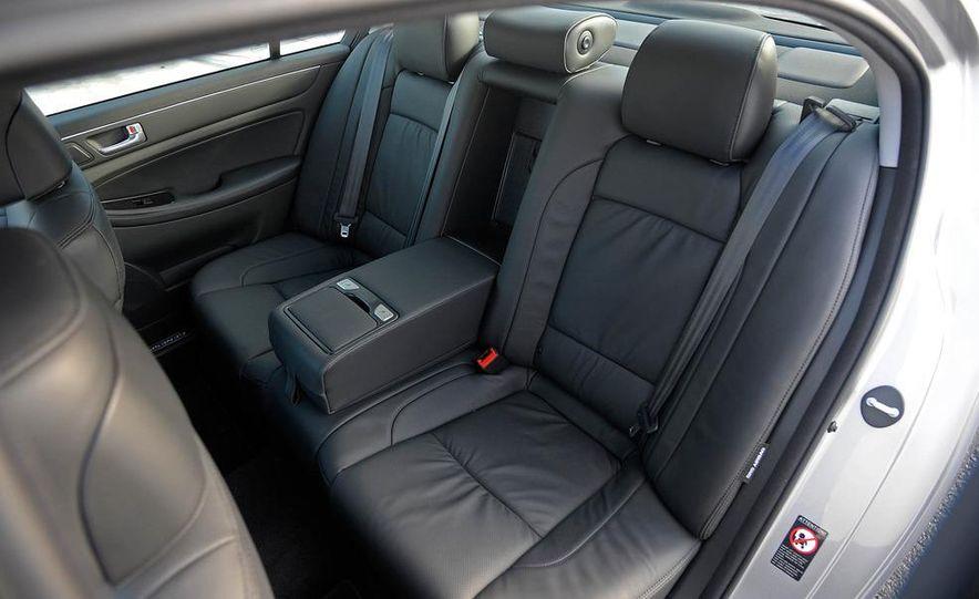 2012 Hyundai Genesis 3.8 - Slide 39