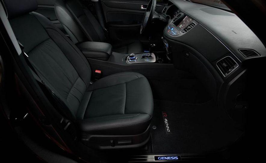 2012 Hyundai Genesis 3.8 - Slide 40