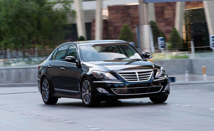 2012 Hyundai Genesis 3.8 - Slide 10