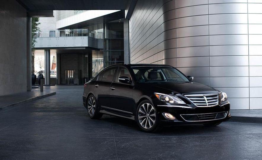 2012 Hyundai Genesis 3.8 - Slide 16
