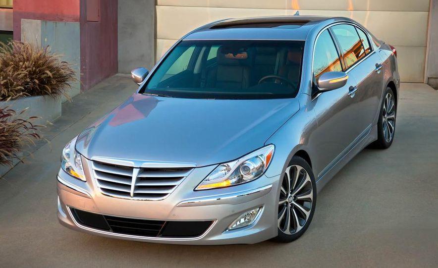 2012 Hyundai Genesis 3.8 - Slide 21