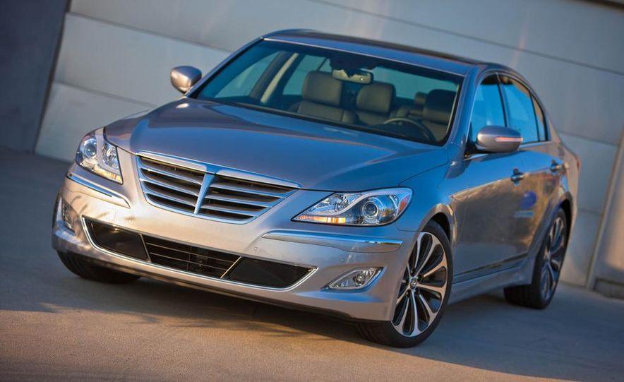 2012 Hyundai Genesis 3.8 - Slide 24