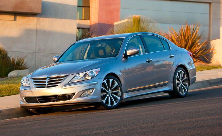 2012 Hyundai Genesis 3.8 - Slide 25