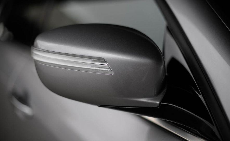 2012 Hyundai Genesis 3.8 - Slide 36