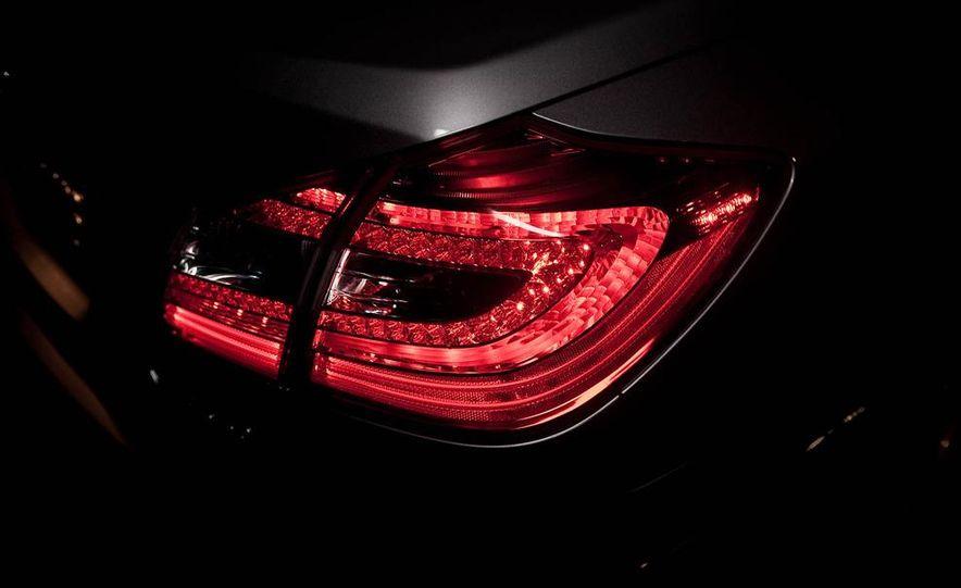 2012 Hyundai Genesis 3.8 - Slide 34
