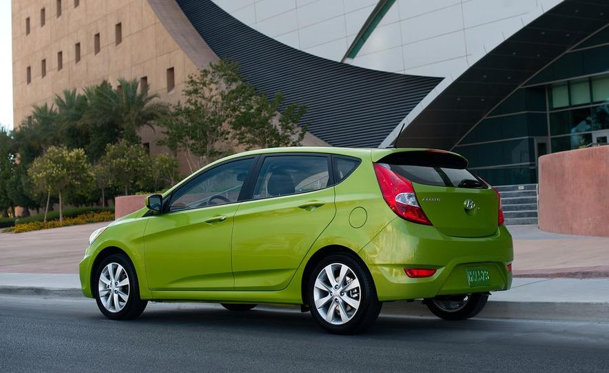 2012 Hyundai Accent hatchback and sedan - Slide 9