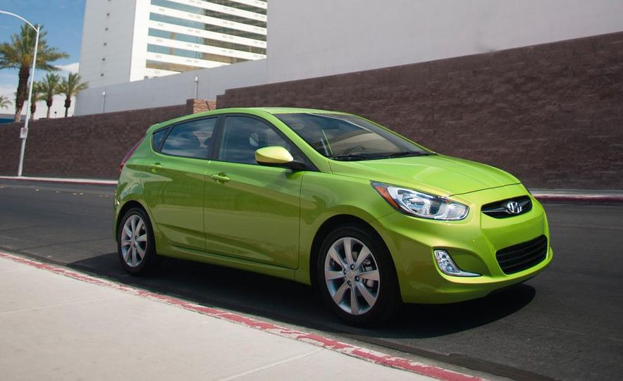 2012 Hyundai Accent hatchback and sedan - Slide 12