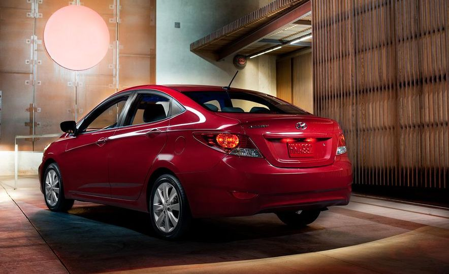 2012 Hyundai Accent hatchback and sedan - Slide 44