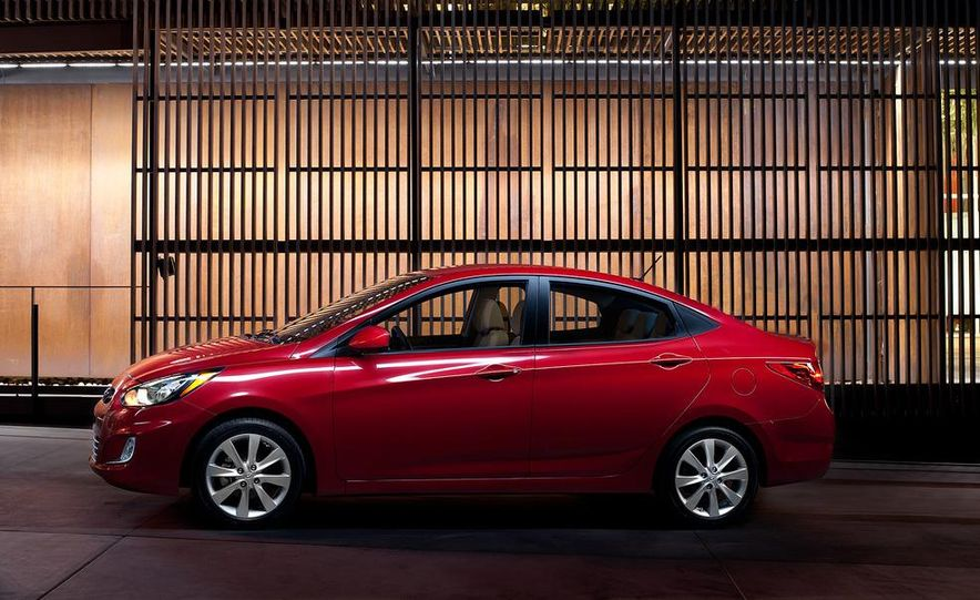2012 Hyundai Accent hatchback and sedan - Slide 45