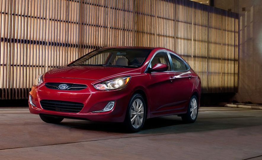 2012 Hyundai Accent hatchback and sedan - Slide 46