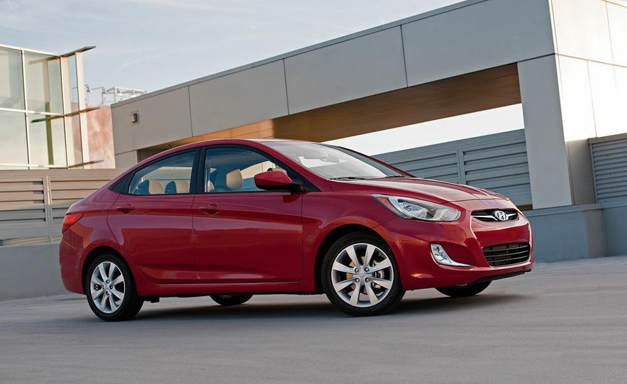 2012 Hyundai Accent hatchback and sedan - Slide 47