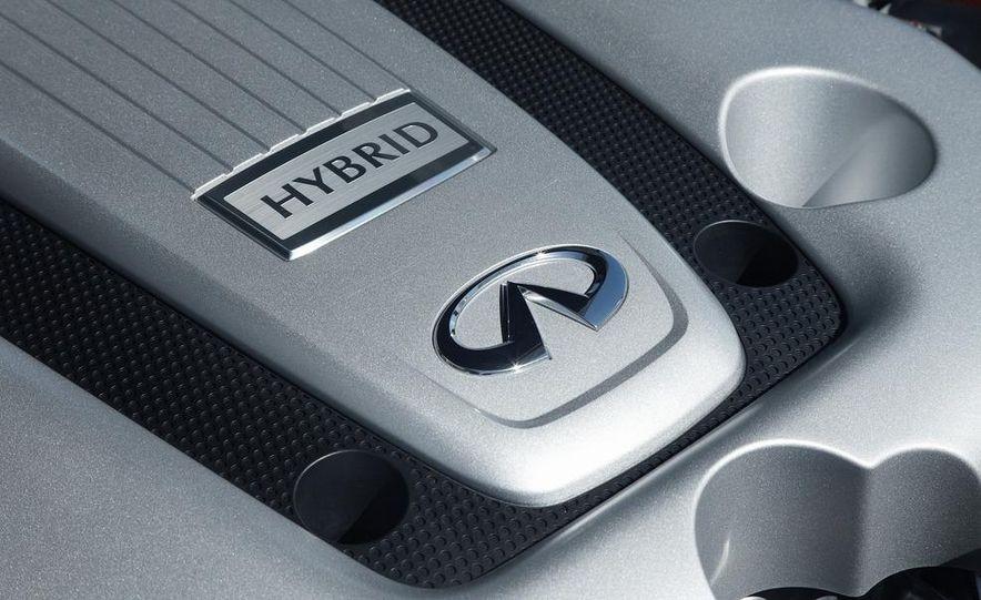 2012 Infiniti M35h hybrid - Slide 9