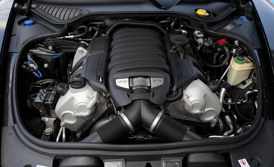 2011 Porsche Panamera 4S - Slide 19
