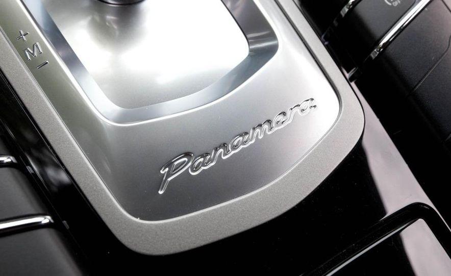 2011 Porsche Panamera 4S - Slide 18