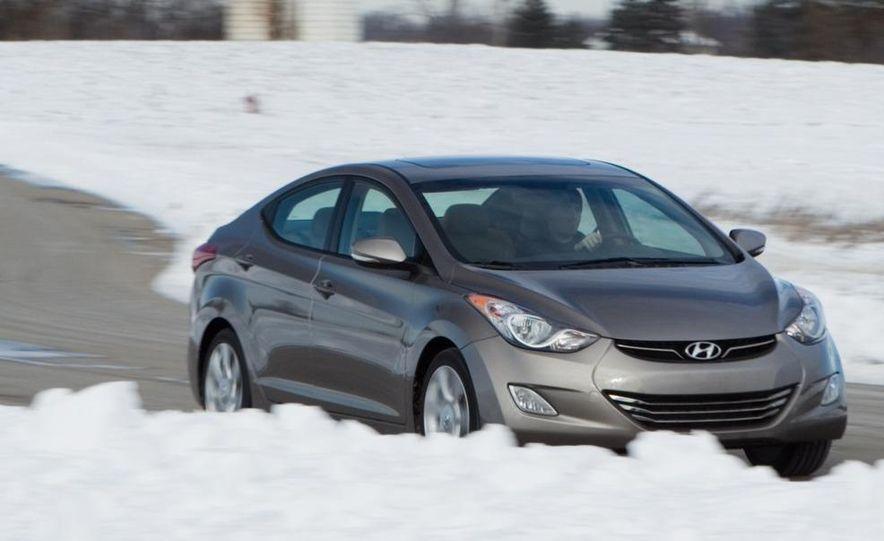 2012 Hyundai Elantra coupe (spy photo) - Slide 10