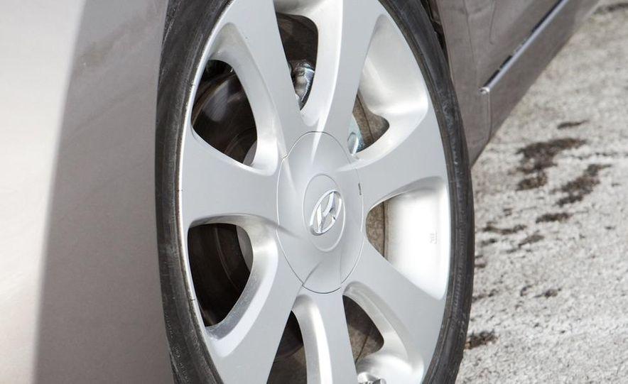 2012 Hyundai Elantra coupe (spy photo) - Slide 25