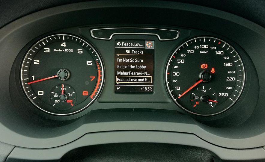 2012 Audi Q3 S-line - Slide 20