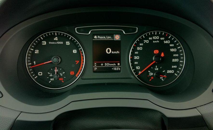 2012 Audi Q3 S-line - Slide 21