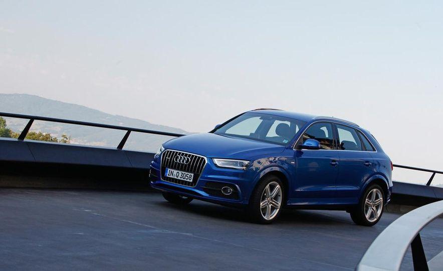 2012 Audi Q3 S-line - Slide 10