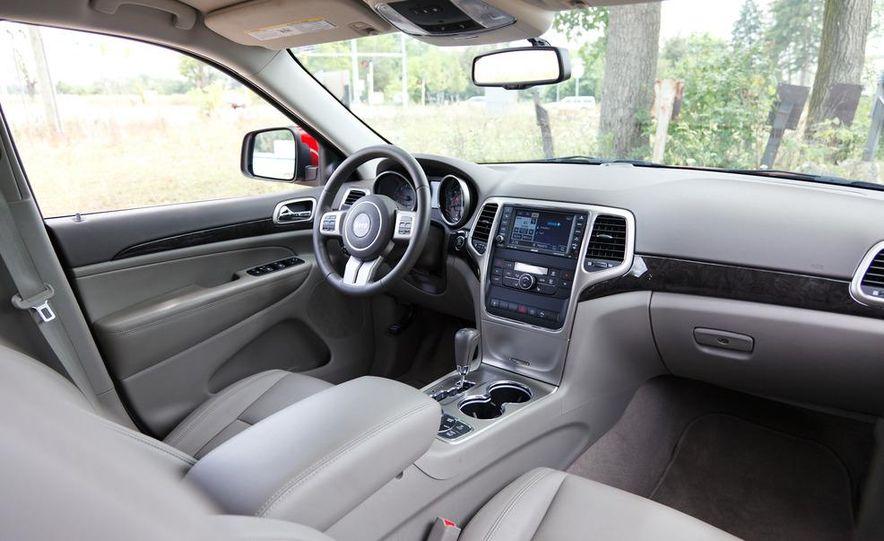 2011 Jeep Grand Cherokee V6 Laredo 4X4 - Slide 69