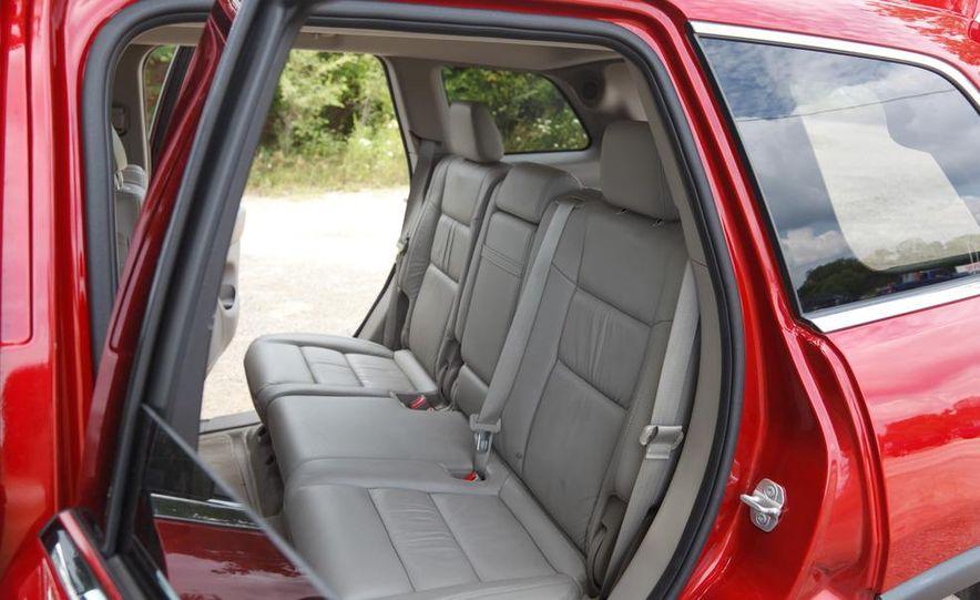 2011 Jeep Grand Cherokee V6 Laredo 4X4 - Slide 73