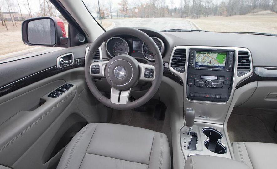 2011 Jeep Grand Cherokee V6 Laredo 4X4 - Slide 46