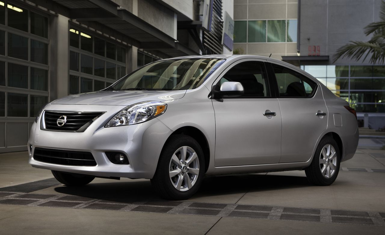 2012 Nissan Versa First Drive Review Car And Driver