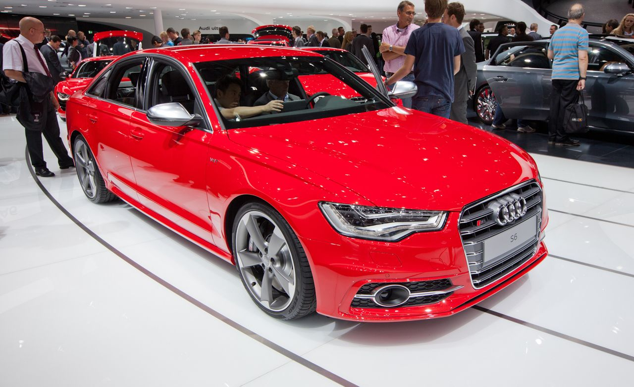 2013 Audi S6 4.0T Official Photos and Info