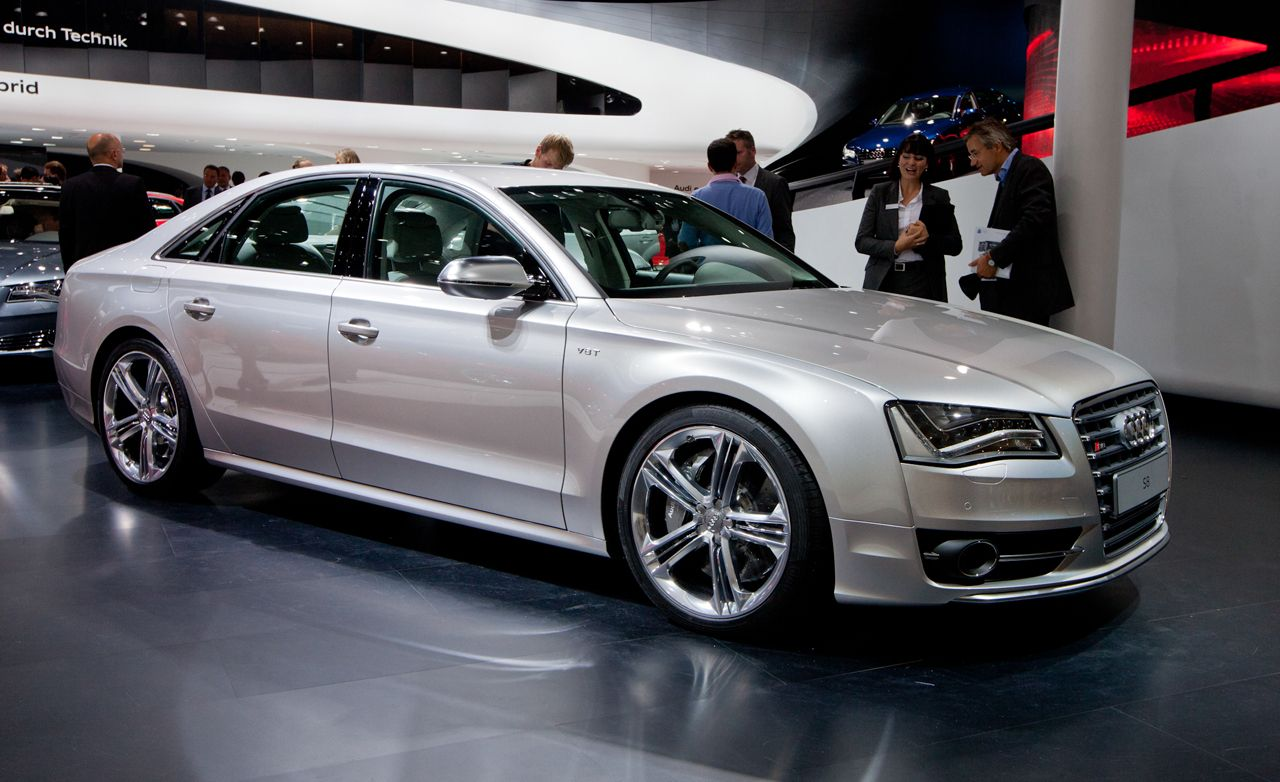 2013 audi s8 4 0t official photos and info news car and driver. Black Bedroom Furniture Sets. Home Design Ideas
