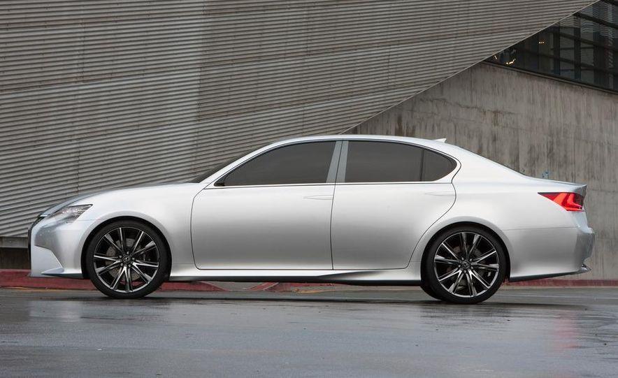 2012 Lexus GS (spy photo) - Slide 15