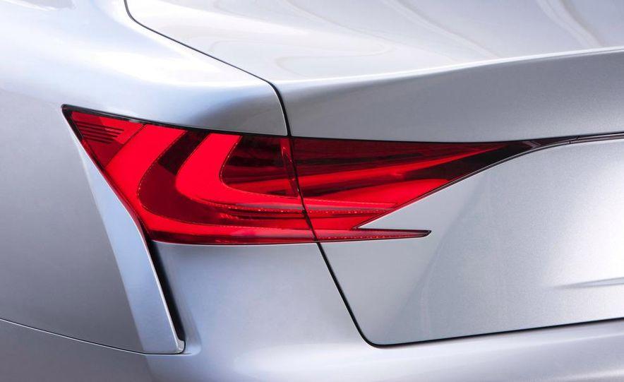 2012 Lexus GS (spy photo) - Slide 21