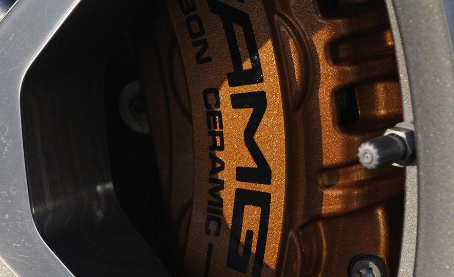 2012 Mercedes-Benz CLS63 AMG - Slide 16