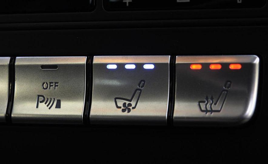 2012 Mercedes-Benz CLS63 AMG - Slide 25