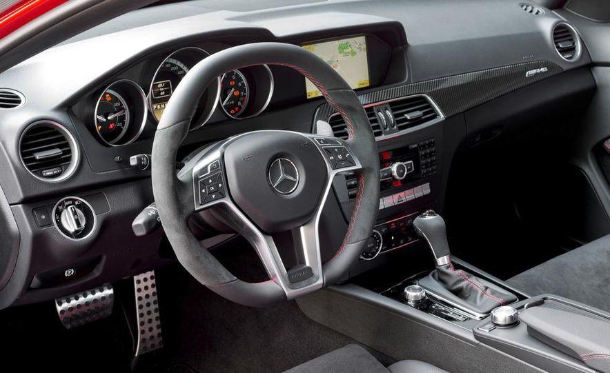 2012 Mercedes-Benz C63 AMG Coupe Black Series - Slide 28