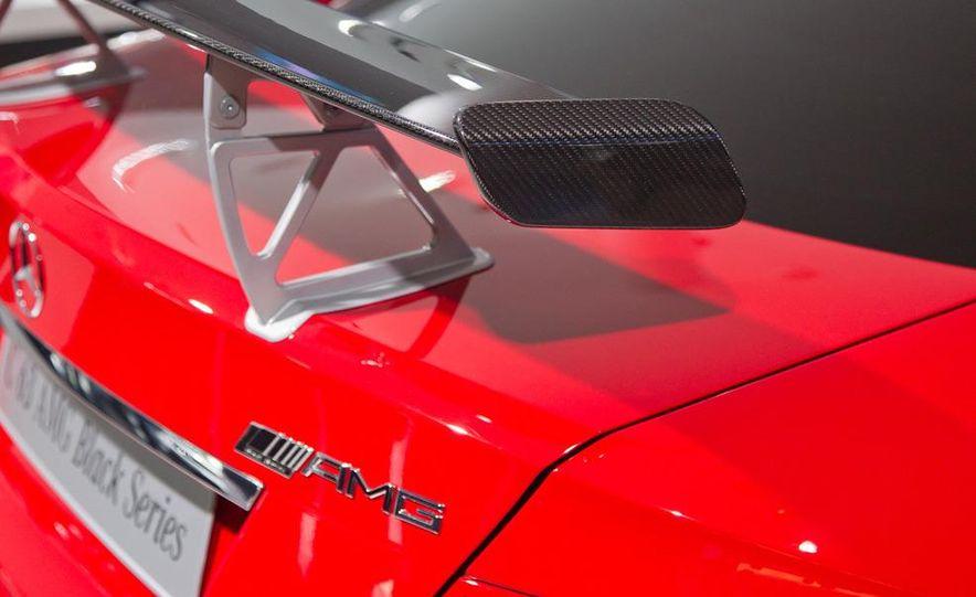 2012 Mercedes-Benz C63 AMG Coupe Black Series - Slide 10