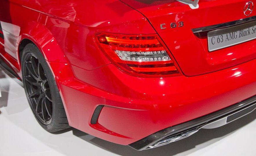 2012 Mercedes-Benz C63 AMG Coupe Black Series - Slide 11