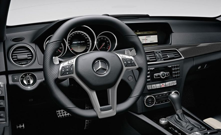 2012 Mercedes-Benz C63 AMG Coupe Black Series - Slide 69